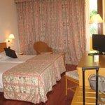 room n.148  (comoda alla spa )
