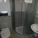 Bathroom with nice toiletries, hand cream was brilliant!