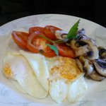 One of Peter's delicious breakfasts -fried eggs with tomatoes and mushroom.