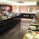 шведский стол(ужин) в отеле на втором этаже