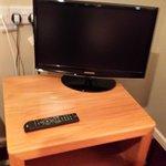 room 7 smallish tv