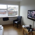TV/Table/View Rm 1