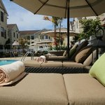 Outdoor Pool & Lounge Chairs