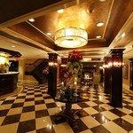 Inn at Fox Hollow lobby