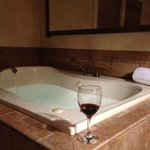 Jacuzzi Tub in the Bali room