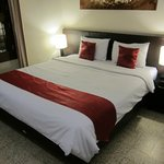 Deluxe Room, King size bed