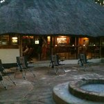 Bar, braai and entertainment area
