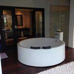 Outdoor Bath Tub