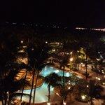 Wonderful Poolside at Night w/ Filipino dance, Luvin' it!