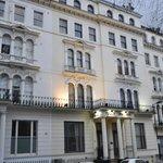 Kensington Garden Square