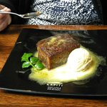 ....desert - Sticky Date Pudding with icecream!!