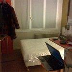 chambre avec lit 1 personne