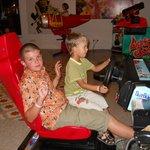 Есть даже игровые автоматы. Дети ох как любят играть, да и самим интересно.
