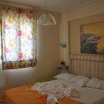 первый уровень, спальня