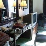 Crowne Plaza Hotel Kathmandu-Soaltee inside room