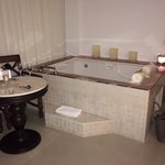 jacuzzi bath in the room