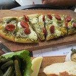 the chorizo pizza bread