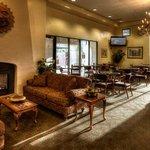 Lounge/Lobby Area