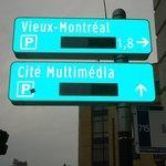 Placa indicando Velha Montreal