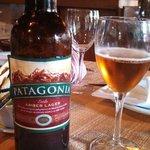 Bife de chorizo e ceva patagônia... não queria nem morrer!!!