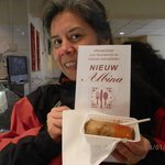 A generous sized loempia & a big menu to look over