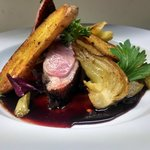 house smoked duck breast / fennel confit / roasted finerlings / cherry brandy demi glace