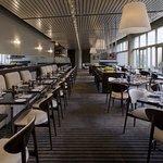 CLARA_P043 Restaurant