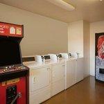 Laundry_Vending