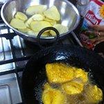 potato pakora, yami :)