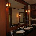 Bumbung room - bathroom