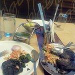 The harabhara kabab which looked kala bhara...lol....taste was ok