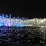 西湖の噴水ショー