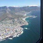 Hubschrauber-Flug über die Bay