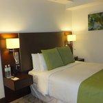 bed (room No. 529)