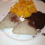 best breakfast of Cebuano! my favourite! puto maya,mangga and kinugay!