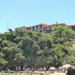 Vista del Colonna Park, desde playa Joao Fernandez