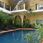 Superior rooms on the ground floor facing the pool