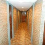 Pasillo de habitaciones hacia el quincho (2 do. piso)