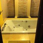 Bathroom/jacuzzi