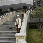 ホテルからバスコダガマ公園へ下りる階段