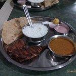 bangda fry thali
