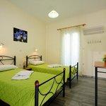 TRIPLE APARTMENT- THREE SINGLE BEDS