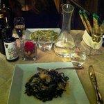 Linguine al nero con gamberi e granchio- Gnocchetti sardi ai broccoli