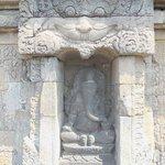 サンビサリ寺院