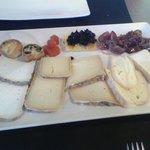 Tabla se quesos de Girona