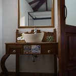 charming vanity counter
