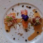 Petit délices de la mer et truffes noires de la région Jus bisque