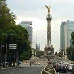 El Angel de la Independencia por Reforma
