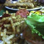 Cheeseburger w/fries