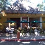 Hotel + ristorante all' aperto
